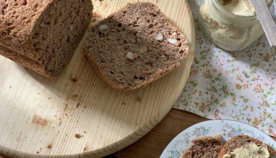 pão integral com castanhas 1